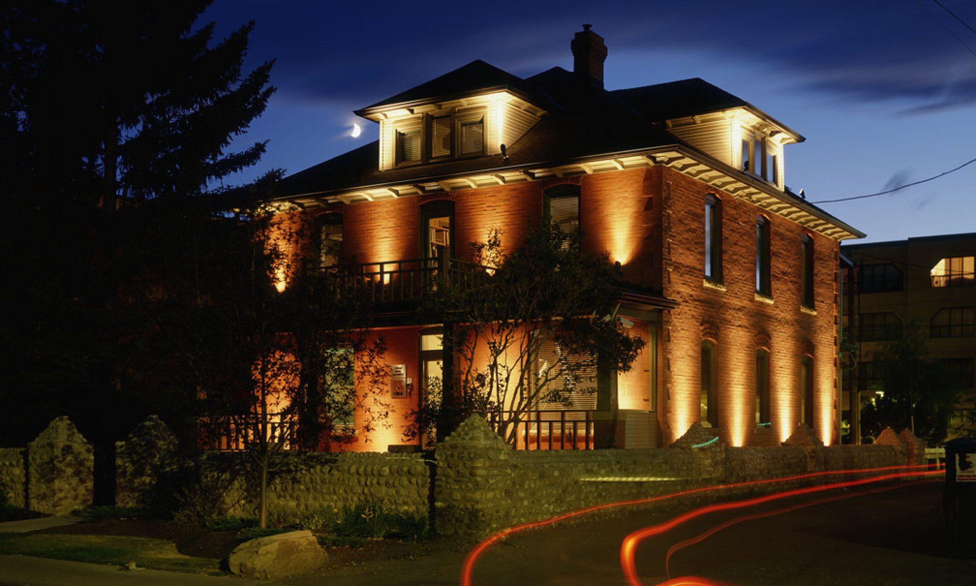 McLeod Manor